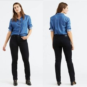NWT Levi's 314 Shaping Straight Black Jeans